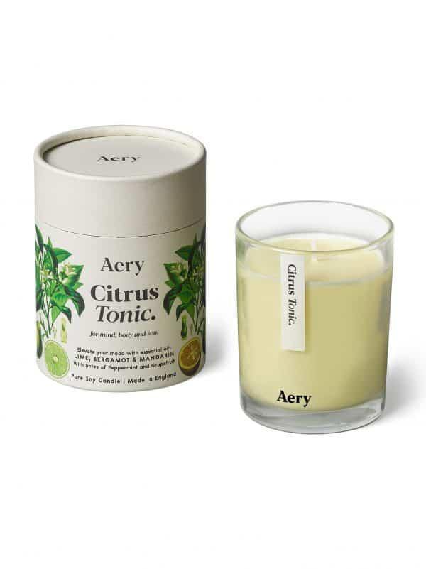 Aromaterapinė žvakė su eteriniais aliejais